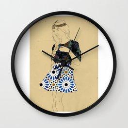 Majolica Lady Wall Clock