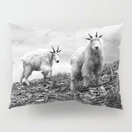 MOUNTAIN GOATS // 1 Pillow Sham