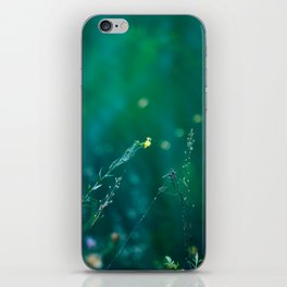 Fairy Tail - Flower on the Water - Magic Grass iPhone Skin