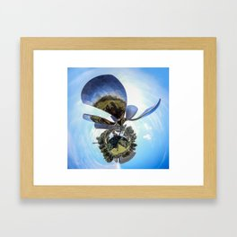 Polar Pan La Flor Framed Art Print