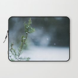 winters come Laptop Sleeve