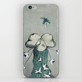 Origami's passion -  a collaboration between Christelle Guilhen and Gwenola de Muralt iPhone Skin
