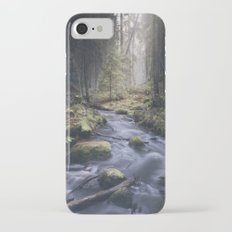 Silent whispers iPhone 7 Slim Case