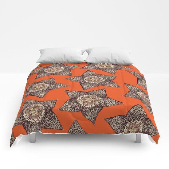 stapelia flower Comforters