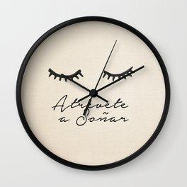 Soñar Wall Clock