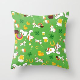 St. Patrick's Day Unicorn Pattern Throw Pillow