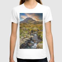 Tryfan Mountain Snowdonia Wales T-shirt