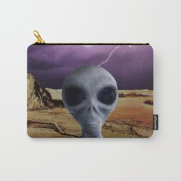 THE TRAVELER Carry-All Pouch