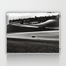 Walking alone through the desert of life Laptop & iPad Skin