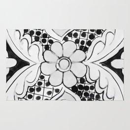 Black and White Talavera Ten Rug