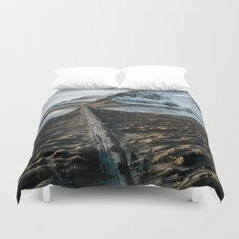 Icelandic black sand beach and mountain road - landscape photography Duvet Cover