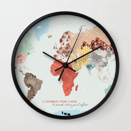 World map - le monde est un jeu d'enfant Wall Clock