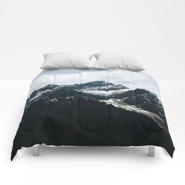 Mountains In Icefield Parkway Comforters