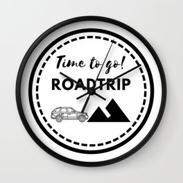 Tiempo de viajar | Time to go Roadtrip Wall Clock