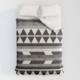 DG Aztec No.1 Monotone Comforters