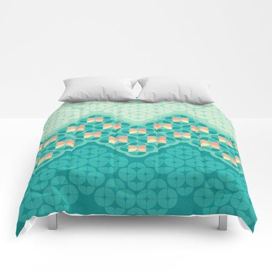 Blue Garden Pattern Comforters