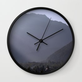 Morning Light Pisang Wall Clock