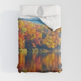 Autumn Colors at Lake Killarney Comforters