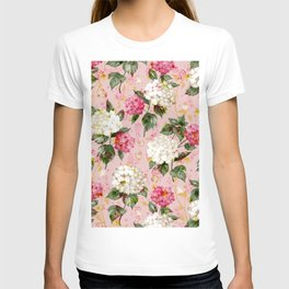 Vintage green pink white bohemian hortensia flowers T-shirt
