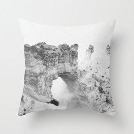 BRYCE CANYON / Utah Throw Pillow