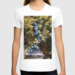 jardin Luxembourg Statue T-shirt