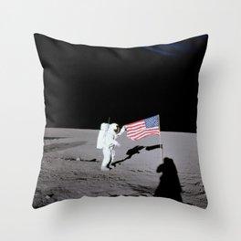 Apollo 12 - Astronaut American Flag Moon Throw Pillow