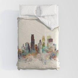 minneapolis minnesota skyline Comforters
