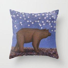 brown bear on a starlit stroll Throw Pillow