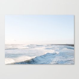 Golden shores - Iceland | ocean - landscape - photography - travel - winter - south coast - travel Canvas Print