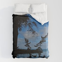 The Pass Comforters