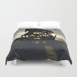 Wreck of the Peter Iredale at sunset Duvet Cover