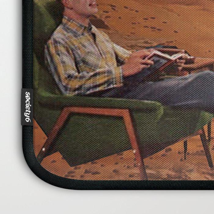 Love in Mars Laptop Sleeve