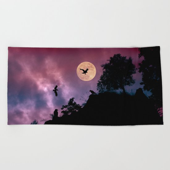Crow meeting Beach Towel