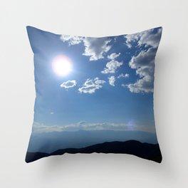 California into Nevada view Throw Pillow