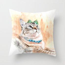 The Pretty Seal Lynx Point - Diana Throw Pillow