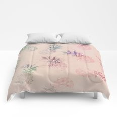 Soft Pastel Pineapple Pattern Comforters