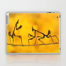 Praying Mantis vs Praying Mantis Laptop & iPad Skin