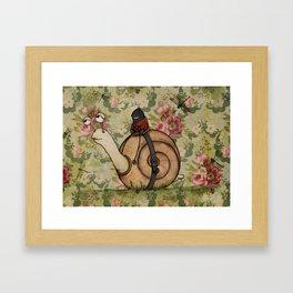 Ninja y caracol Framed Art Print