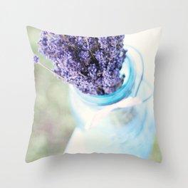 lavender bouquet Throw Pillow