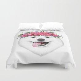 Samoyed with flowers Duvet Cover