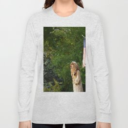 Everyone Cheers As The Wizard Walks By Long Sleeve T-shirt