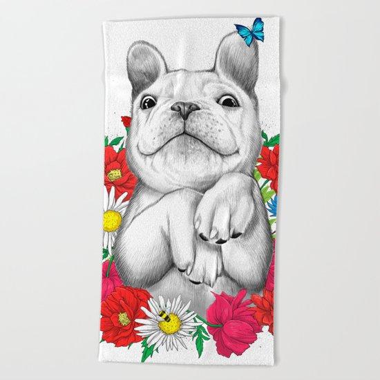 dog in flowers Beach Towel