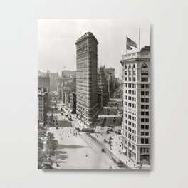 Vintage Photograph of The NYC Flat Iron Building 3 Metal Print