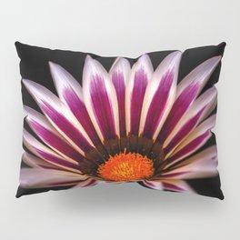 Big Kiss White Flame Flower Pillow Sham
