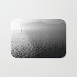 black and whit sail water Bath Mat