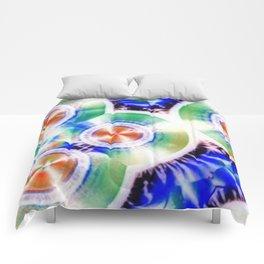 Happy Vitamin C Crystals in Sunlight Comforters