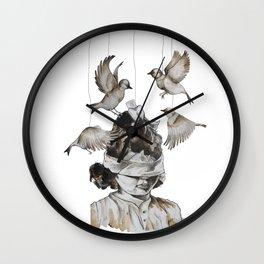 Enfance perdue Wall Clock