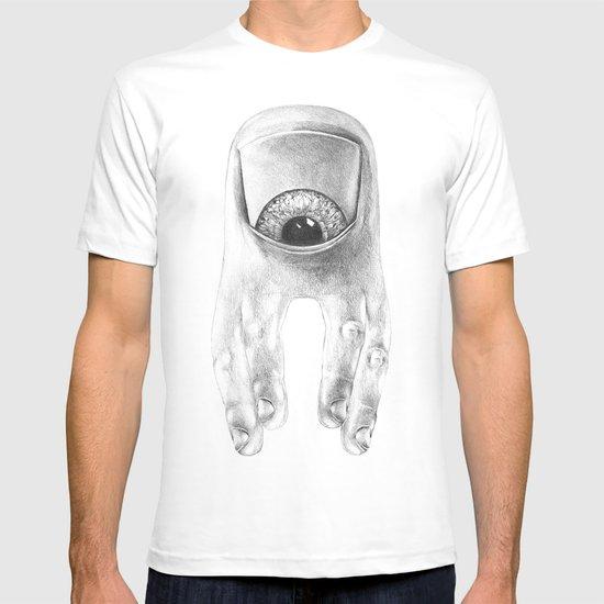 ... T-shirt