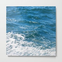 Ocean Wave Heading Toward Shore Metal Print