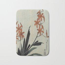 Hokusai, red orchid -manga, japan,hokusai,japanese,北斎,ミュージシャン Bath Mat